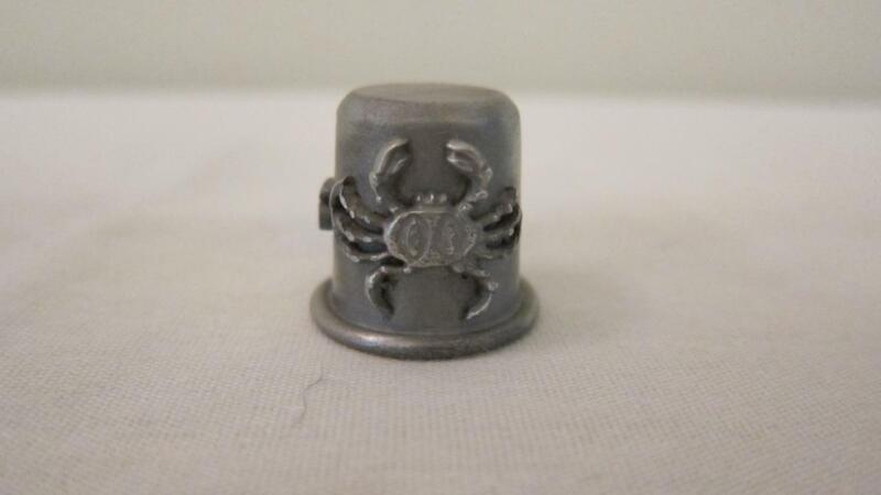 Vintage RR Pewter Sewing Thimble Zodiac Sign Cancer Animal Crab