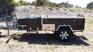 MDC camper trailer Voyager  RF (black gloss) Yorketown Yorke Peninsula Preview