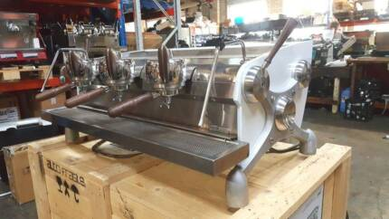 SLAYER 3 GROUP ESPRESSO COFFEE MACHINE CHEAP USED NO GRINDER