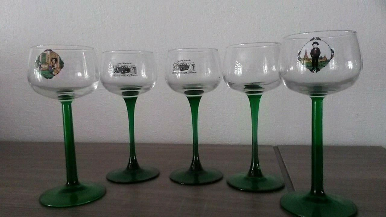 5    verres à vin blanc