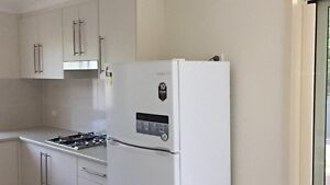 Sunny room w ensuite, close to train Cheltenham Hornsby Area Preview