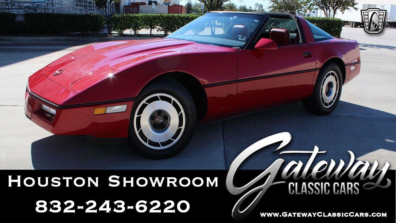 1984 Red Chevrolet Corvette     C4 Corvette Photo 1
