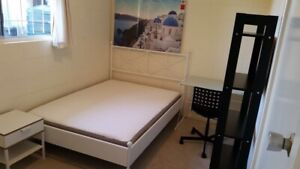 Nice and tidy double room for rent in Maroochydore