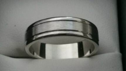White Gold Men's Wedding ring 14kt