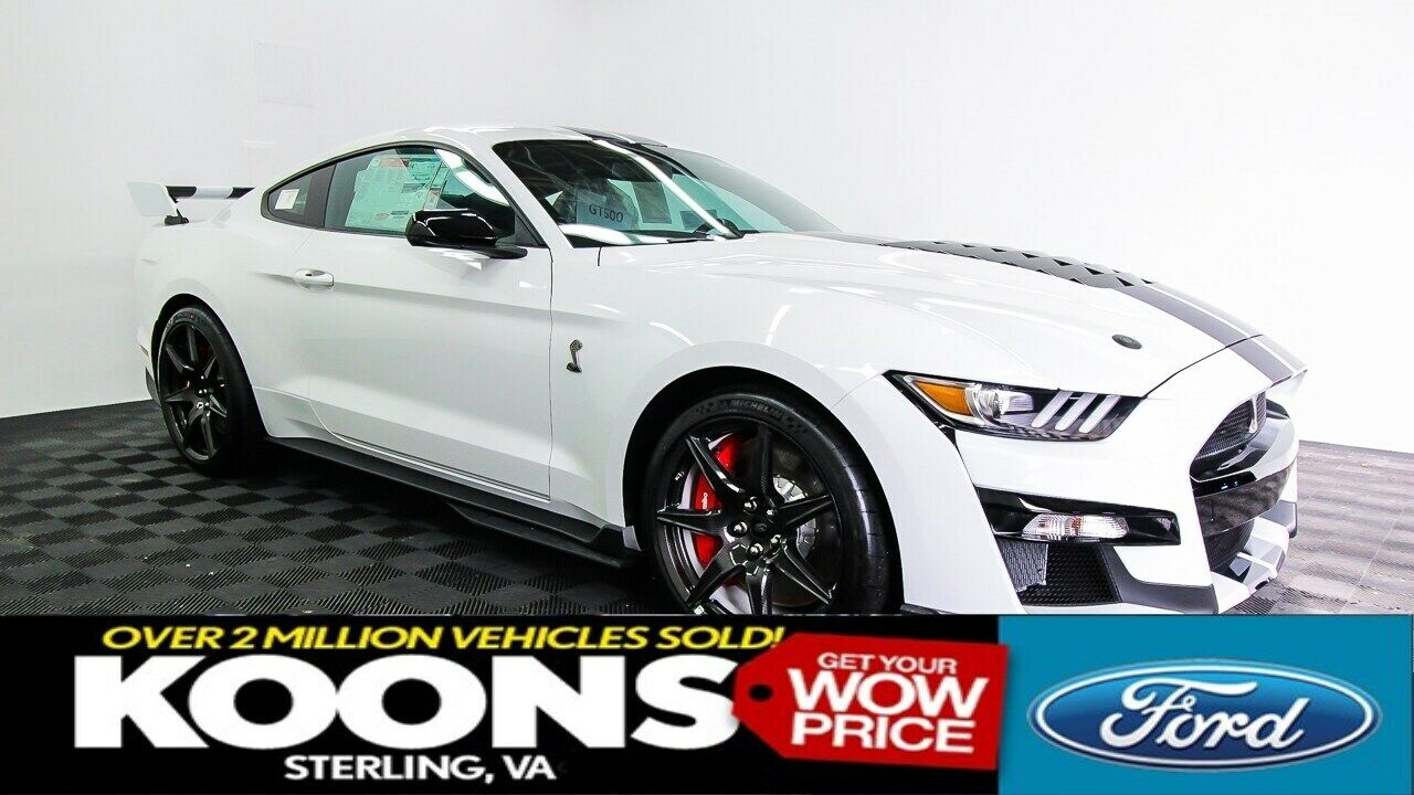 Shelby GT500 Golden Ticket White w/ Blue Painted Stripes, Carbon Fiber Track Pkg