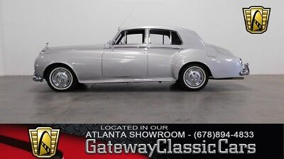 Silver Cloud I 1959 Rolls Royce Silver Cloud I Sedan 4887 CC Inline 6-Cylinder Automatic
