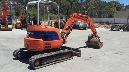 Hitachi 3.5 Ton Excavator