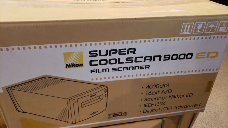 NIKON COOLSCAN LS-9000 ED FILM SCANNER
