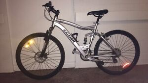 SOLD Great Raleigh mountain bike!