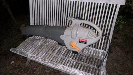 Ryobi Blower Vacuum as pictured works