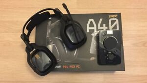 Astro A40 TR + Mix Amp Pro (COMES WITH BOX)
