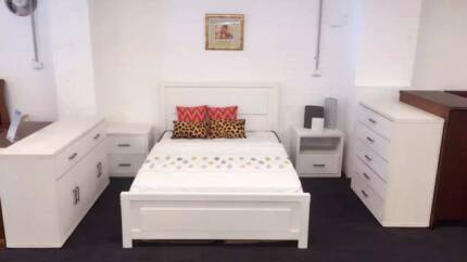 Iriz Solid timber bed Q 【30% OFF, Suite available】from