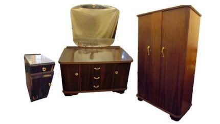 Vintage Art Deco Bedroom Setting/Suite