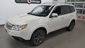 """2013 Subaru Forester Touring AWD, toit ouvrant, mags 17"""""""", siège"""