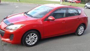 2013 Mazda Mazda3 GX Popular Mazda 3 Sport.. with convenience pk