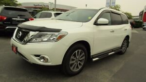 2016 Nissan Pathfinder S ALL WHEEL DRIVE!