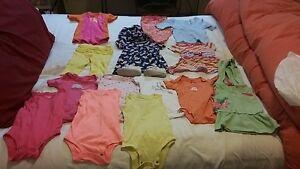 Vêtements 9-12 mois
