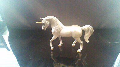 Breyer Unicorn Blind Bags Stablemate - Grey / Silver Walking Arabian