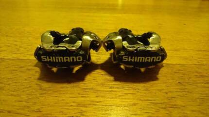 Shimano M520 SPD pedal and Shimano SPD Shoe M089