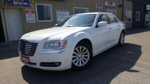 2012 Chrysler 300 Touring--TOUCH SCREEN-BLUETOOTH-PWR SEAT-TINT