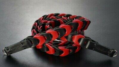 Design Kameragurt aus Leder in Schwarz Rot | Rock n Roll Camera Straps | Gr.L