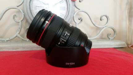 """Canon 24-105mm f/4 L """"Mint As New"""" check"""