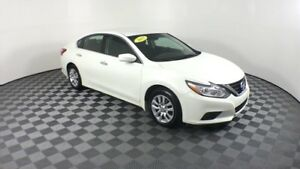 2017 Nissan Altima $65 WKLY | Fog lamps, Bluetooth | 2.5S