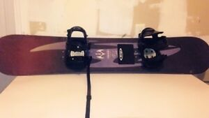 Mistral snowboard with bindings