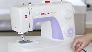 Singer Simple Sewing Machine (95% new)