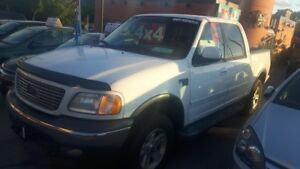 2002 Ford F-150 5.4L TRITON MOTOR - CREW CAB - ONLY 173,000 KMS!