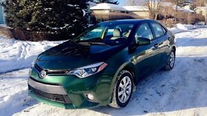 2015 Toyota Corolla LE only 21,000km!