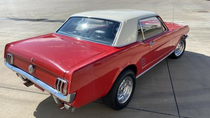 Image 6 Voiture American classic Ford Mustang 1966