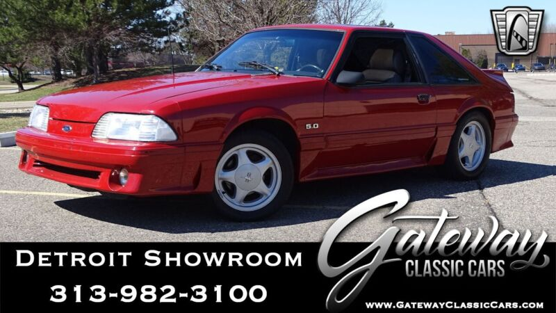 Image 1 Voiture American classic Ford Mustang 1988