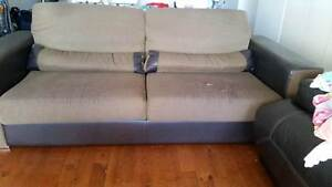 **FREE** 2 seater couch for the size of 3 North Turramurra Ku-ring-gai Area Preview