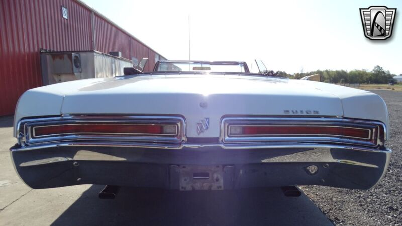 Image 7 Voiture American classic Buick LeSabre 1967