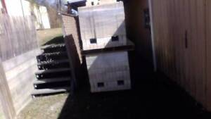 920 BRAND NEW STANDARD SIZE BRICKS LOAD WITH A FORKLIFT