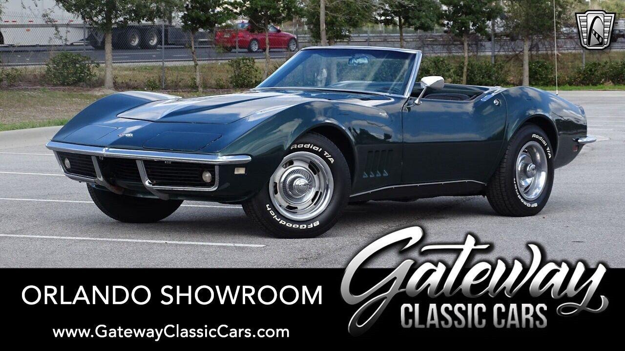 1968 Green Chevrolet Corvette   | C3 Corvette Photo 1