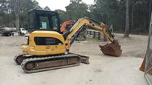 CAT 305DCR CAB AIR ITS GOT EVERYTHING Ryhope Lake Macquarie Area Preview