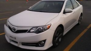 2014 Toyota Camry Se navigation TOIT OUVRANT MAGS