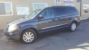 2014 Chrysler Town & Country TOURING-BACK UP CAMERA-PWR PEDALS-P