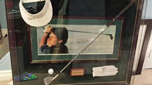 PROFESSIONALLY FRAMED - PHIL MICKELSON AUTOGRAPHED GOLF ITEMS