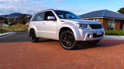 2007 Suzuki Grand Vitara Luxury - Auto, Long Rego $7,995 Neg Hobart CBD Hobart City Preview