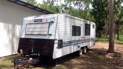 Caravan evernew 23ft
