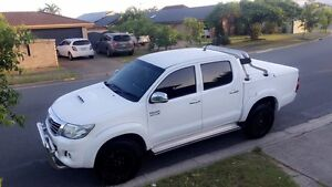 toyota hilux sr5 with 3yrs warranty Sydney City Inner Sydney Preview