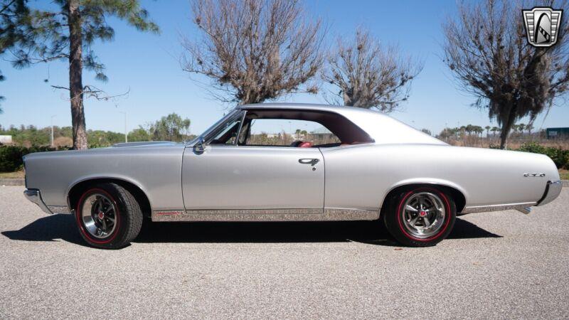 Image 4 Voiture Américaine de collection Pontiac GTO 1967