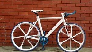 SINGLE SPEED IN PERFECT CONDITION JUST RIDE IT Melbourne CBD Melbourne City Preview