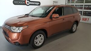 2014 Mitsubishi Outlander SE V6 AWD, 7 places, hitch, sièges cha