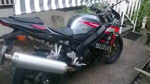 last days for sale immaculate gsxr 750 2004 Cairns Cairns City Preview