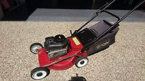 """4 Stroke"" Pope 450 Series Lawnmower Caloundra Caloundra Area Preview"