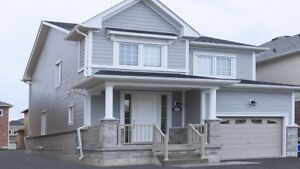Lovely 3 bedroom detached in Bowmanville *North Glen Community*
